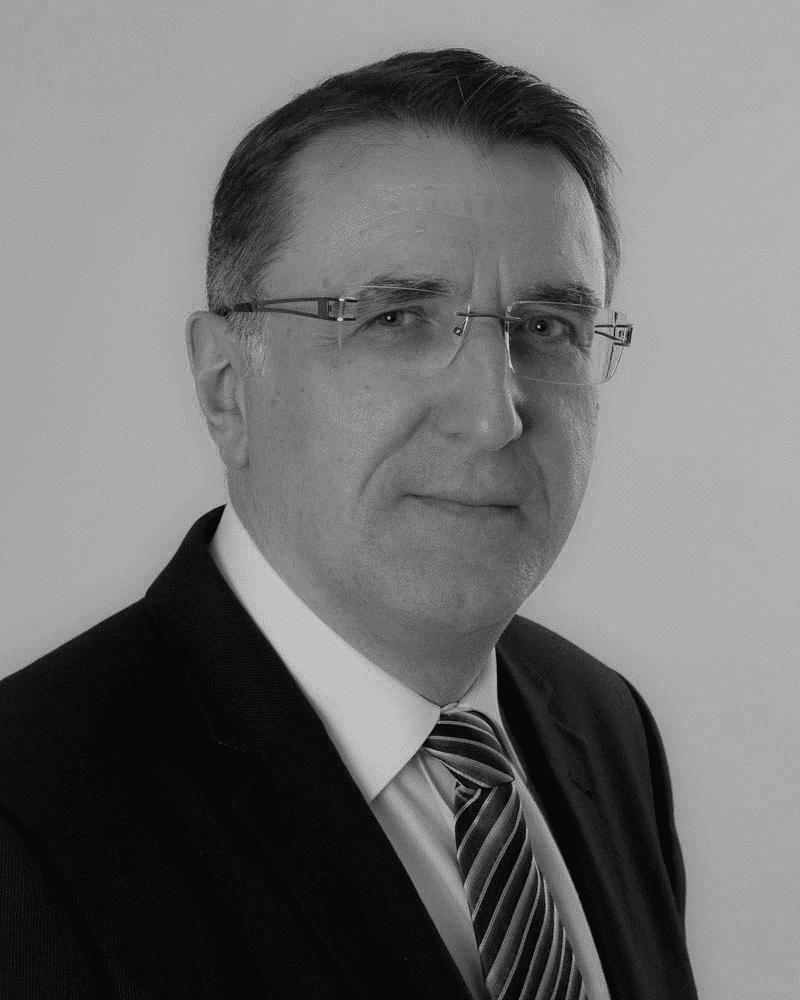 consultant indépendant portrait de jacques fayet